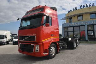 φορτηγό φορτωτής με γάντζο VOLVO FH 500