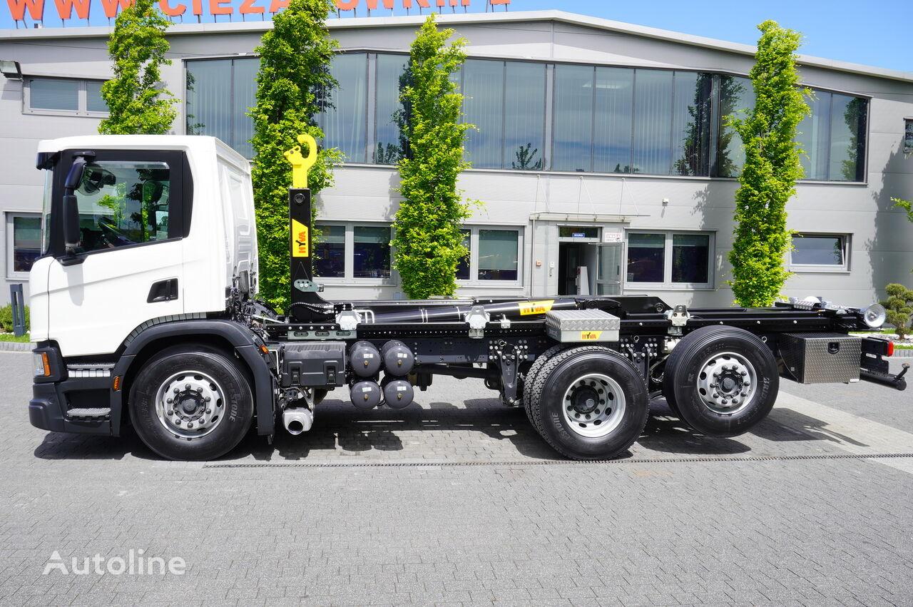 φορτηγό φορτωτής με γάντζο SCANIA P410 , E6 , 6X2 , 60k km , NEW HOOK 20T , steer / lift axle , Lo