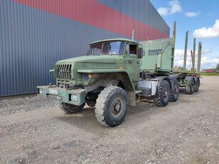 φορτηγό μεταφοράς ξυλείας URAL