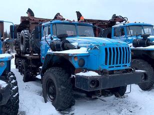 φορτηγό μεταφοράς ξυλείας Уралпромтехника Уралпромтехника 59601В