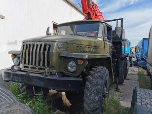 φορτηγό μεταφοράς ξυλείας URAL HYAB