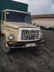 φορτηγό μουσαμάς GAZ 3307
