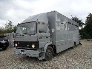 φορτηγό όχημα μεταφοράς ζώων VOLVO F612 pro přepravu koní