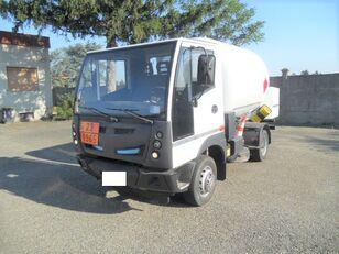 φορτηγό βυτιοφόρο μεταφοράς αερίου BUCHER 4x2