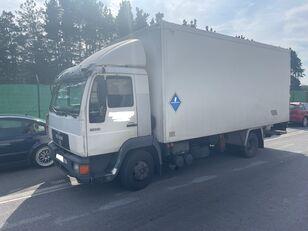 ισοθερμικό φορτηγό MAN 11.224 ISOTERMO  PUERTA ELEVADORA