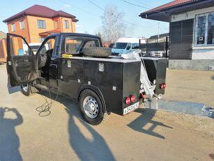 όχημα οδικής βοήθειας UAZ Карго