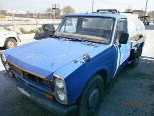 βυτιοφόρο φορτηγό μεταφοράς καυσίμου NISSAN JYNIOR 2000