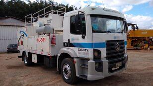 βυτιοφόρο φορτηγό μεταφοράς καυσίμου VOLKSWAGEN 15180