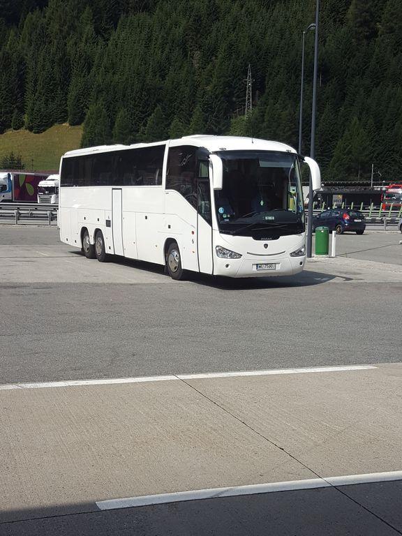 τουριστικό λεωφορείο SCANIA Irizar